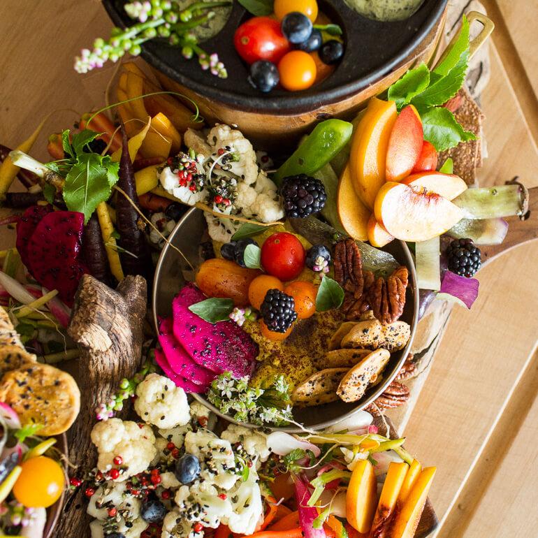 fruit-vegetable-crudite-platter