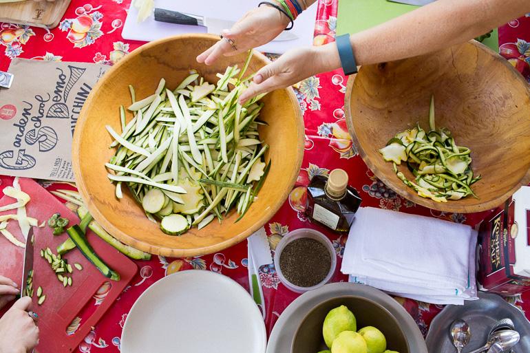 zucchini-bowl-lemon-pepper