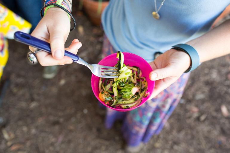 raw-vegan-zucchini-noodles-eat