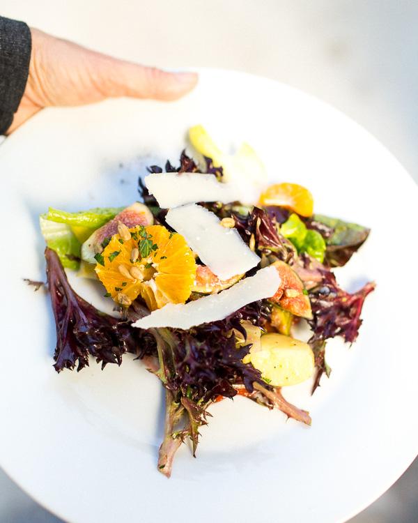 salad-citrus-white-plate