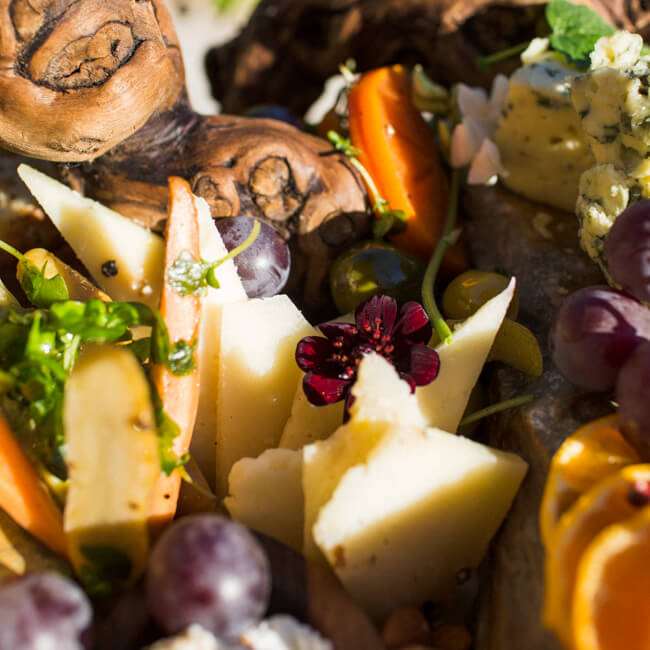 pepato-cheese-platter-edible-flower
