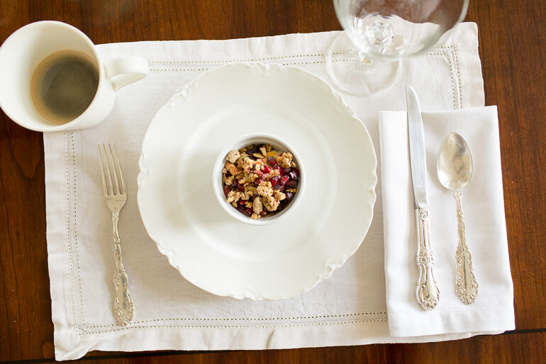 yogurt-parfait-china-breakfast-linens