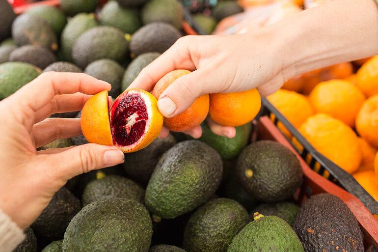 Blood-orange-avocados-shopping-catering-SMFM