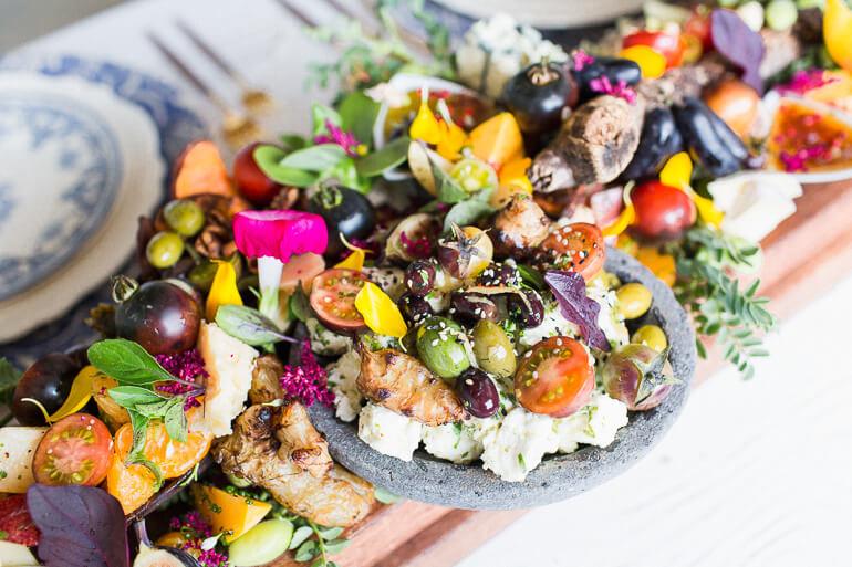 edible-centerpiece-vegetarian-table-art-snacks