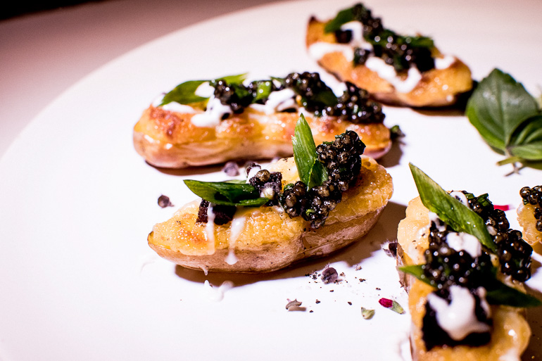 potatoes-caviar-appetizers-catering-hollywood