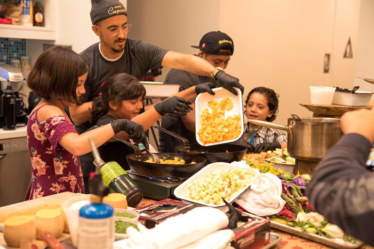 Thanksgiving Buffet, Heirloom LA, Alliance for Children's Rights, Holiday food, community, community coalition, south los angeles, cooking class